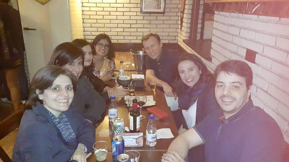 Carol, Karina, eu, Silvia, Márcio, Milena e Luis. Obrigada por irem! (Foto: Milena Teles)